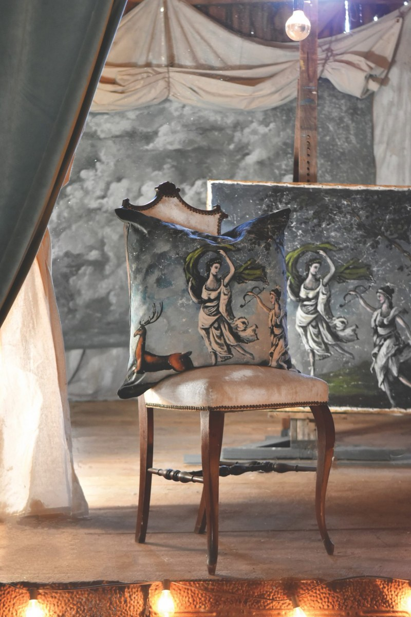 LANNE-barn-loft-pillow-chair-scaled